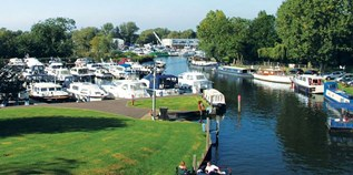 Yachthafen - London - Shepperton Marina