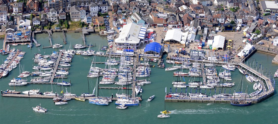 Marina: Bildquelle: http://www.cowesyachthaven.com - Cowes Yacht Haven