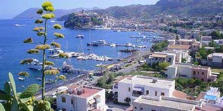 Yachthafen - Messina - Yacht Harbour Lipari di Li Donni